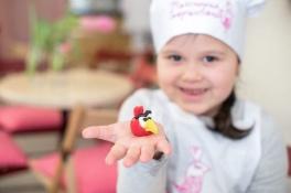 Майстер-класи для дітей Ліплення марципанових фігурок